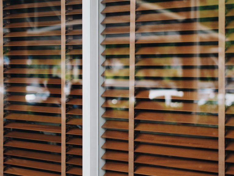 How To Keep Your White Blinds Clean